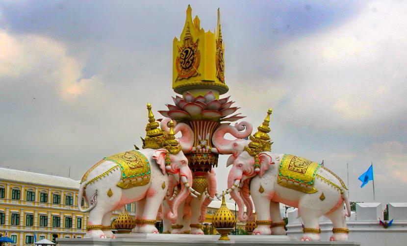 La Thaïlande ouverte au tourisme